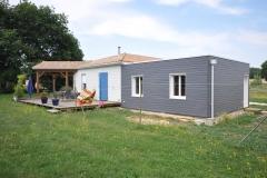 vivanbois-construction ossature bois-agrandissement de maison-bardage bois peint silverwood-taillebourg.jpeg