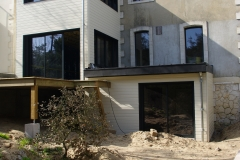 vivanbois-construction ossature bois-agrandissement de maison-bardage bois peint simonin-menuiserie aluminium k line ral 9005-st georges de didonne.jpeg