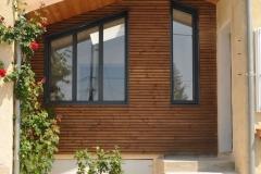 vivanbois-construction ossature bois-agrandissement de maison-bardage bois vibrato-menuiserie aluminium k line ral 7016-saintes.jpeg