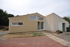 vivanbois-construction ossature bois-agrandissement de maison-bardage cédral éternit-menuiserie alu blanc k line-ecoyeux.jpeg