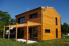 vivanbois-maison ossature bois-bardage mélèze-menuiserie aluminiun laqué ral 7016-fibre de bois-le chay