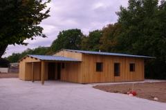 vivanbois-maison ossature bois-bardage mélèze-menuiserie bois -couverture bac acier-les métairies