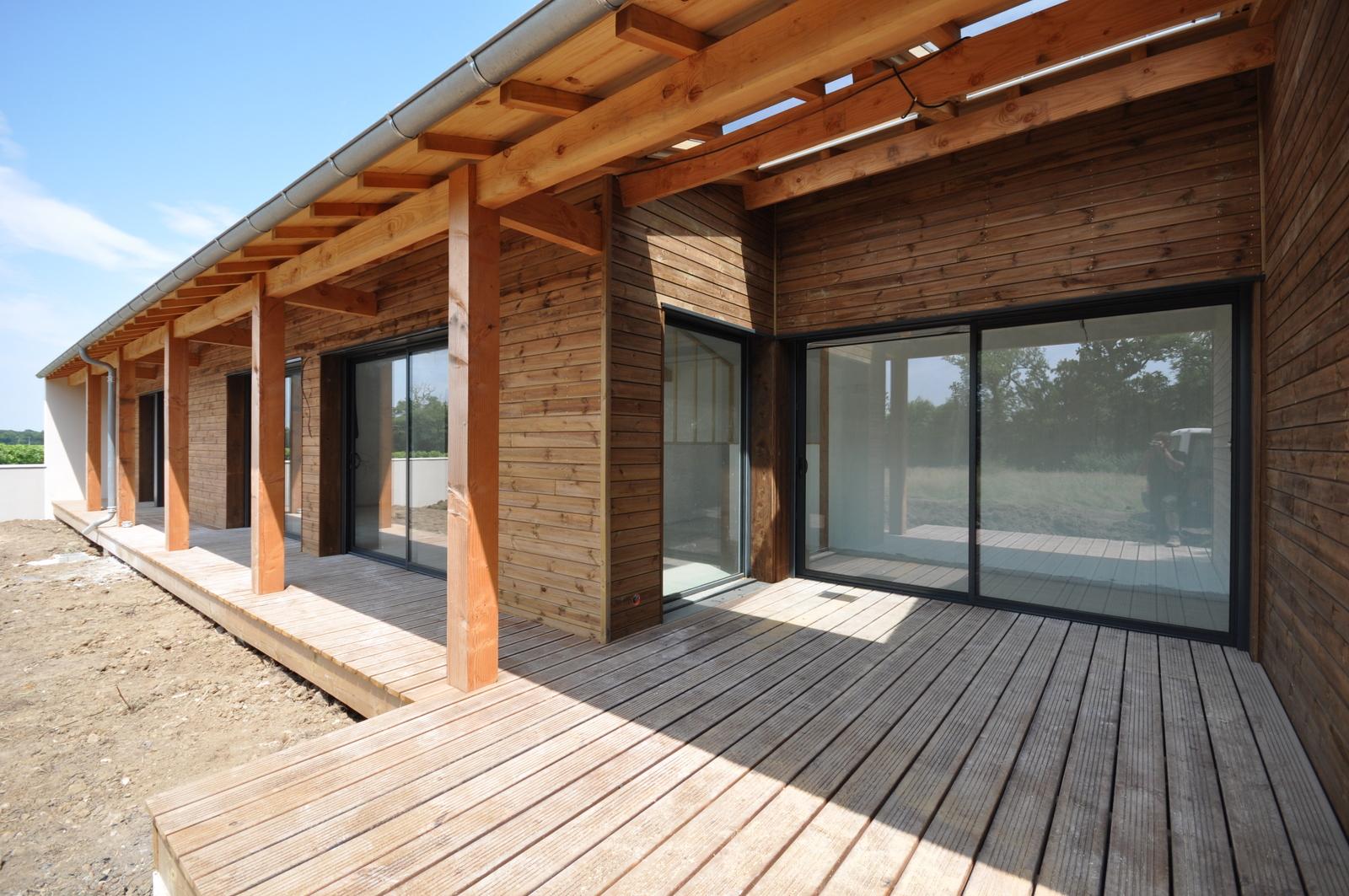 Maison en bois vivanbois for Bardage de maison