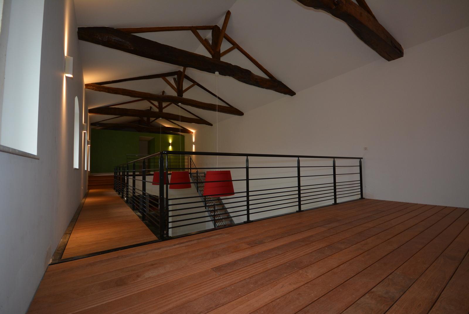 vivanbois menuiserie interieure lames ajoure en jatoba jpeg maison en bois vivanbois. Black Bedroom Furniture Sets. Home Design Ideas