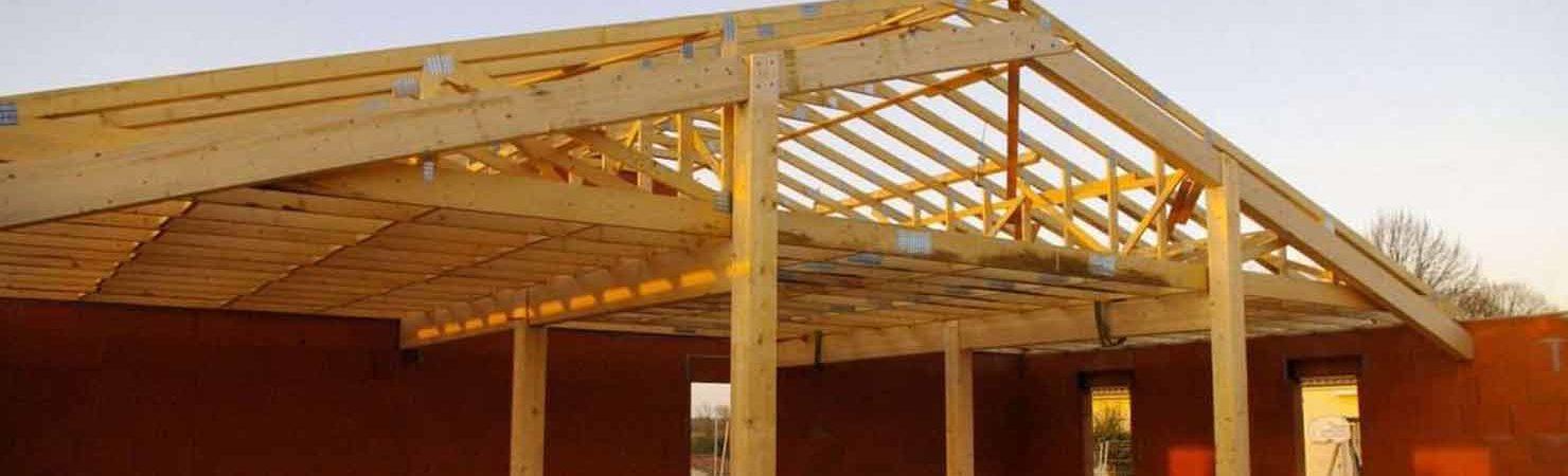 charpente bâtiment bois