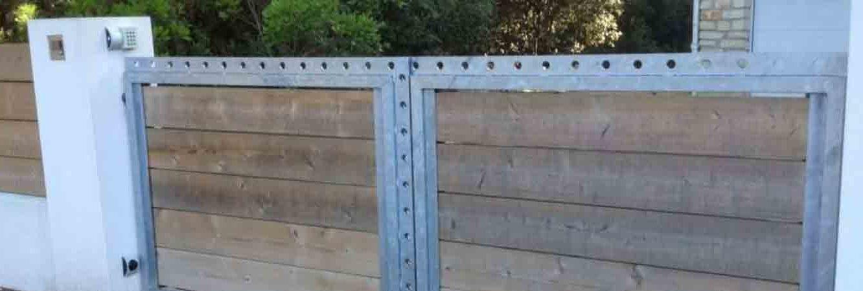 installation portail lames bois classe 4 et métal galvanisé saint palais sur mer 17420