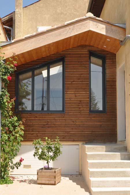 agrandissement de maison bardage bois vibrato menuiserie aluminium 17100 saintes