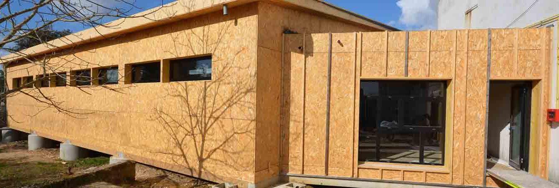 construction dojo de cozes structure bois bardage faux claire voix
