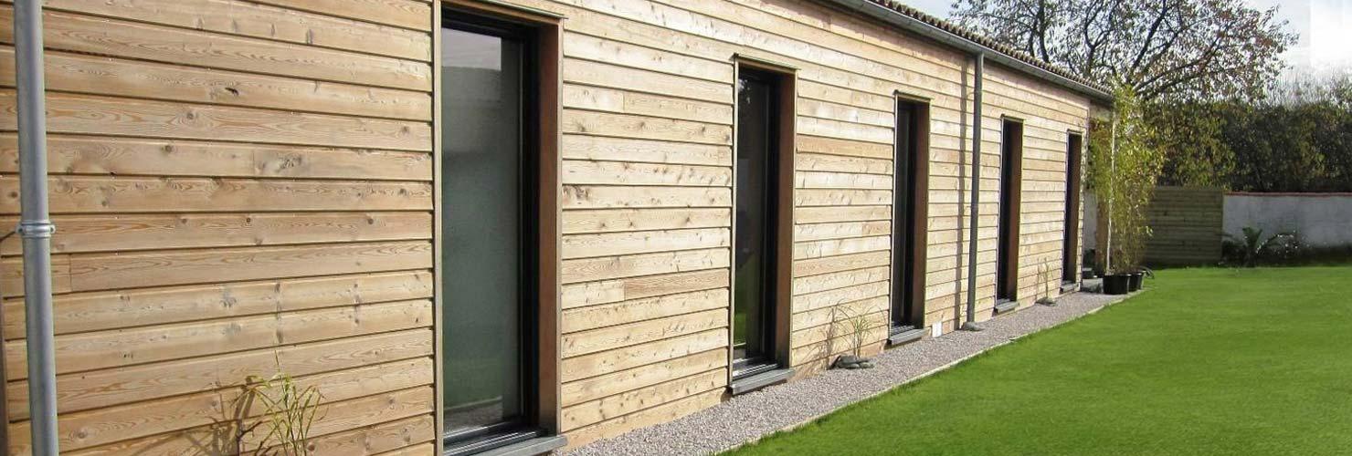 vivanbois constructeur maison bois avec bardage clavette 17220