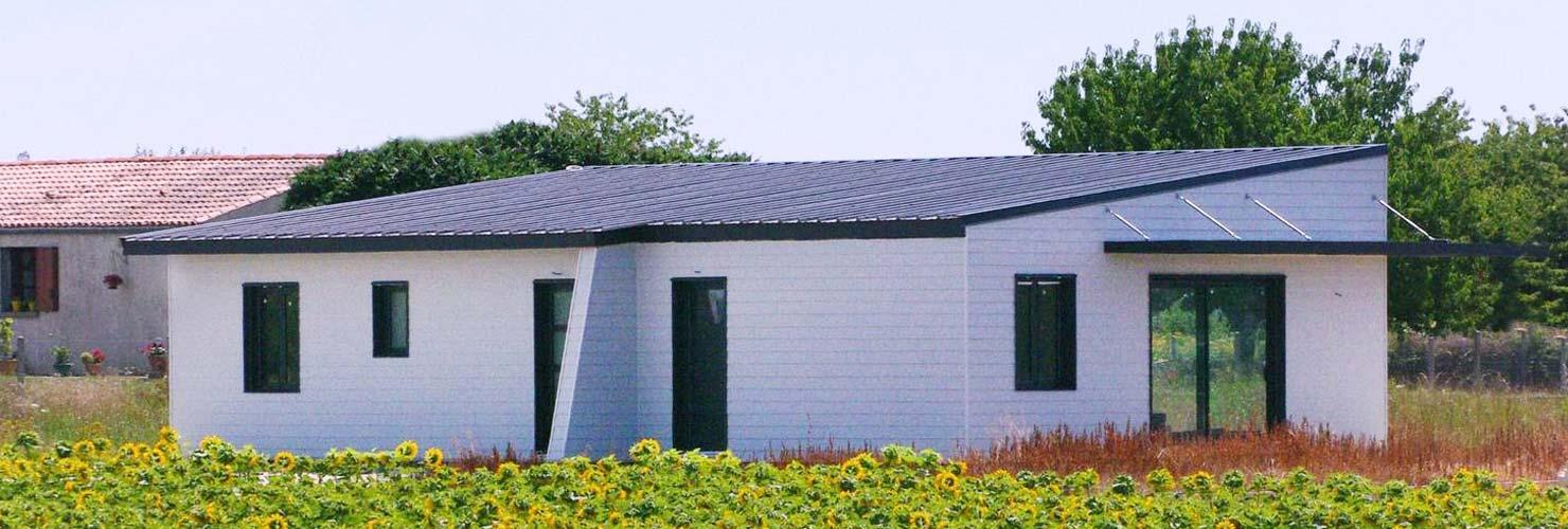 onstruction maison moderne bardage bois champagnolles 17240